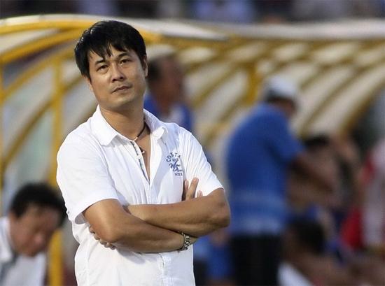 Cầu thủ Nghệ An ở U23 vội về viếng bố HLV Hữu Thắng