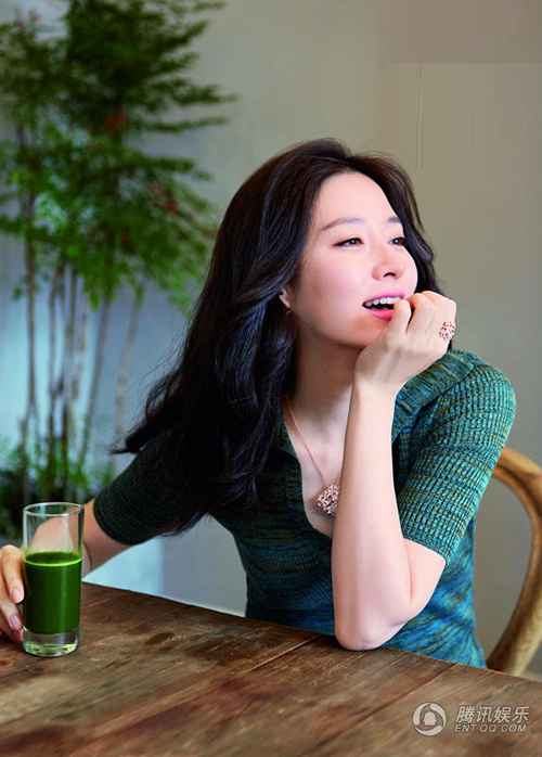 lee-young-ae-2-2646-1435225254.jpg