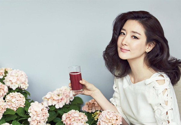 Lee-Young-Ae-1674-1435374110.jpg