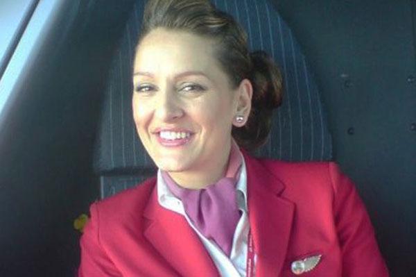 Cựu tiếp viên hàng không tiết lộ chuyện sex trên máy bay