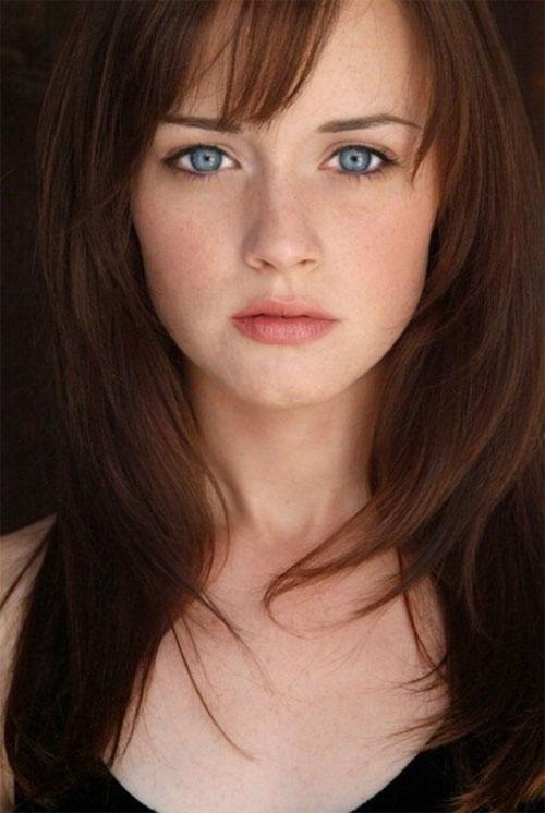 Không chỉ có nhan sắc vượt thời gian, nữ diễn viên Alexis Bledel còn sở hữu đôi mắt xanh quyến rũ.