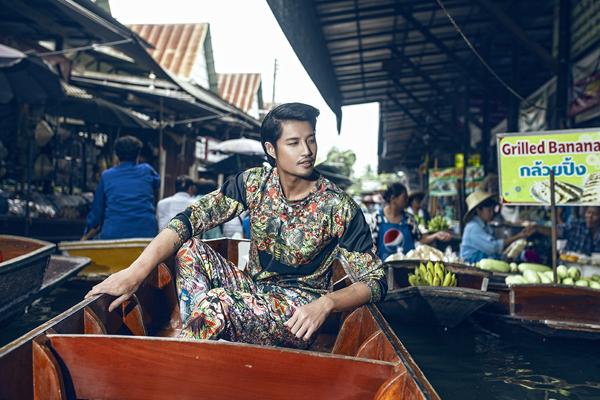 Hồ Vĩnh Anh điệu đà với trang phục hoạ tiết
