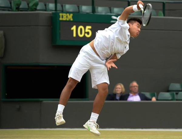 5 kỳ tích lịch sử của nhà vô địch Wimbledon trẻ Lý Hoàng Nam