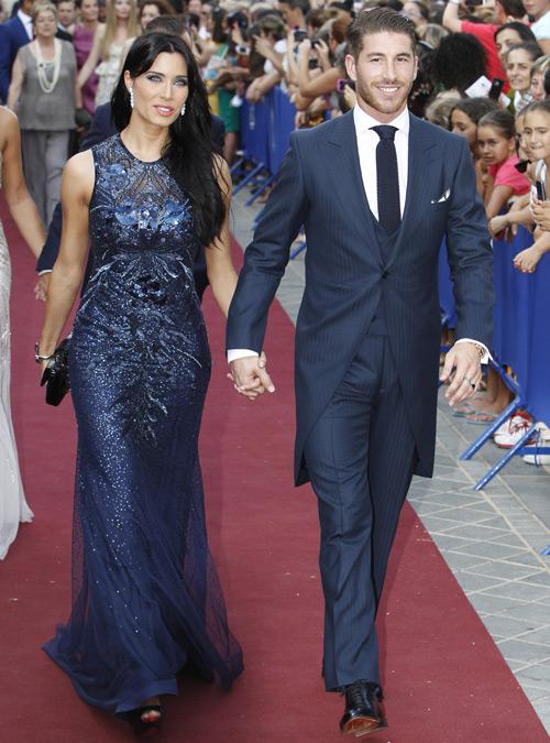 MU vẫn chưa dừng việc chiêu mộ các cầu thủ và Sergio Ramos là một trong những cái tên đình đám nằm trong danh sách yêu thích của Quỷ đỏ.