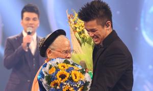 Trọng Hiếu đoạt quán quân Vietnam Idol 2015