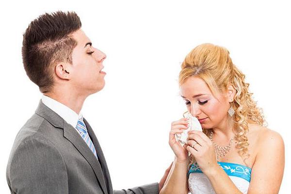 Kiện vợ mới cưới vì mặt mộc quá xấu