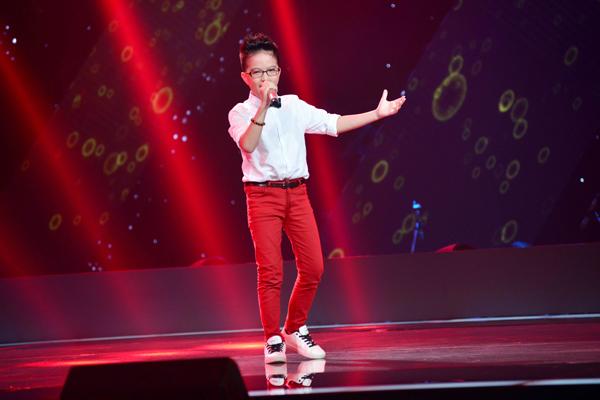 Dương Khắc Linh và Cẩm Ly cùng nhấn nút chọn, cuối cùng Hải Thanh đã chọn về đội của ca sĩ Cẩm Ly.