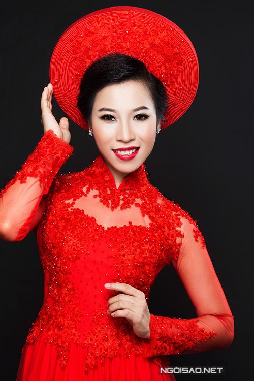 Ca sĩ Tánh Linh rạng ngời làm cô dâu