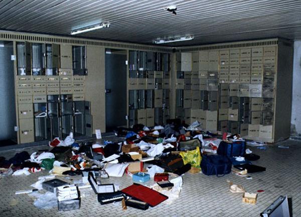 Ngày 16/2/2003,Trung tâm Kim cương Antwerp, Bỉ