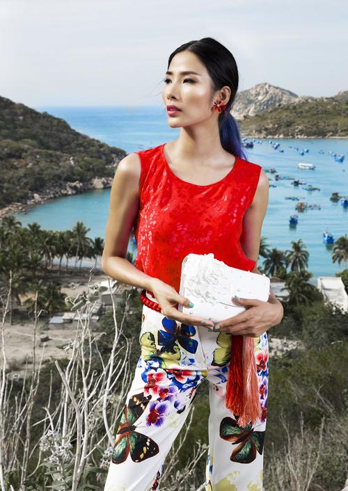 Oanh Yến, Hoàng Thùy sành điệu với váy áo màu nổi