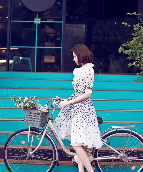 Sao Việt mặc đẹp cùng style cổ điển
