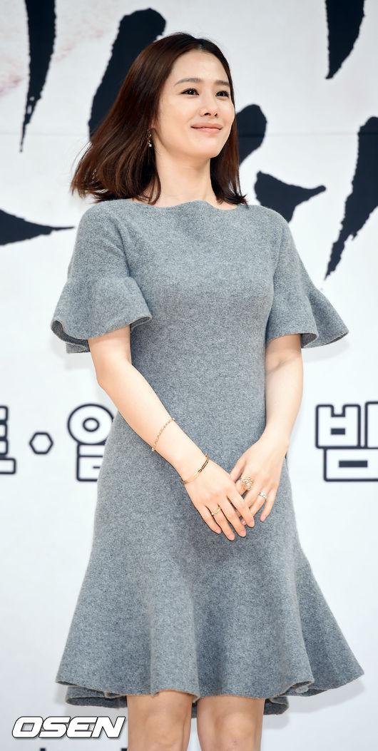 Kim-Hyun-Joo-4-7950-1440058437.jpg