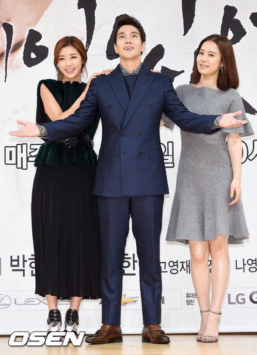 kim-hyun-joo-6-8798-1440058438.jpg