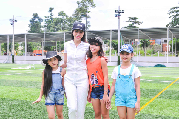 thuy-tien-cong-vinh-2-6921-1440040257.jp
