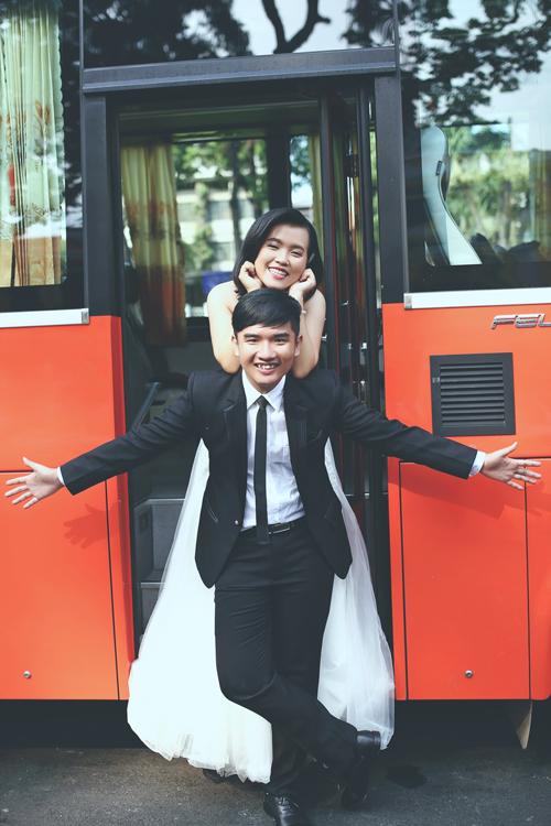 Album cưới nhí nhảnh của cặp đôi Sài Gòn