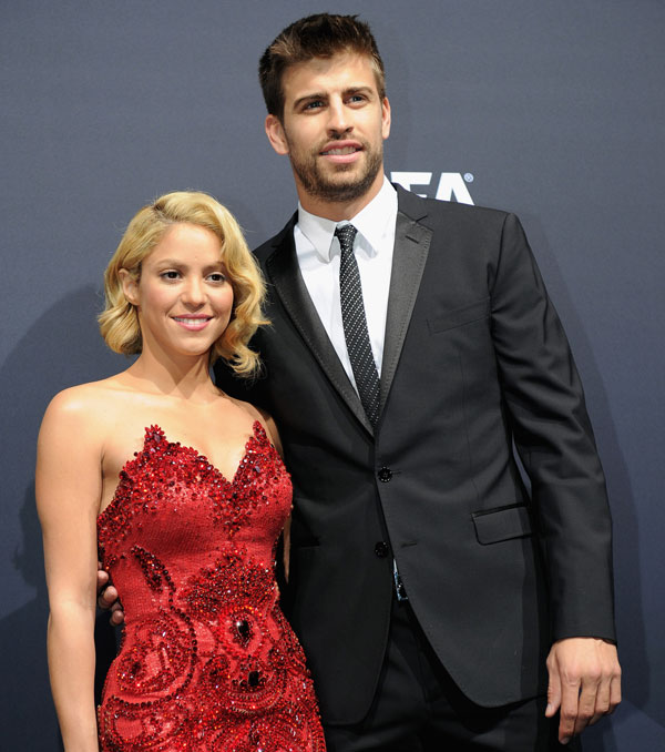 Một mối tình chị em đình đám, nổi tiếng khác là Pique và Shakira.