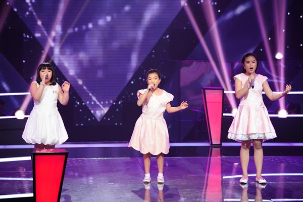 Cindy Linh Nhi, Phương Khanh, Tường Vy thể hiện ca khúc Immortality (Sáng tác: Barry - Robin -  Maurice Gibb).