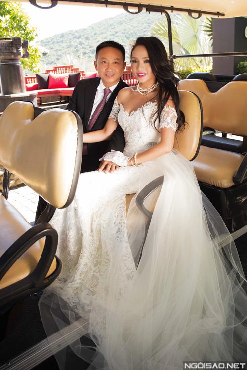 Hoa hậu Huỳnh Ánh Thu chia sẻ ảnh cưới ở Đà Nẵng