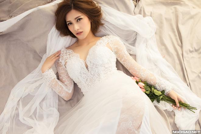 Trang điểm cô dâu rạng rỡ với màu cam mới mẻ