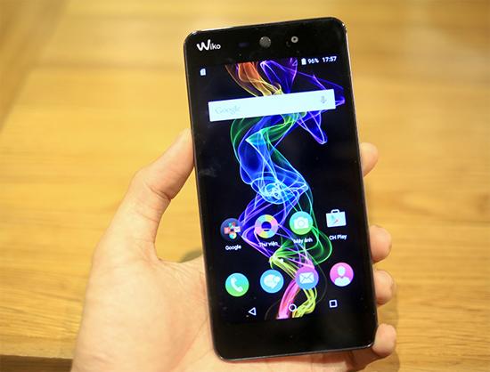 Ba smartphone giá dưới ba triệu đồng vừa ra mắt