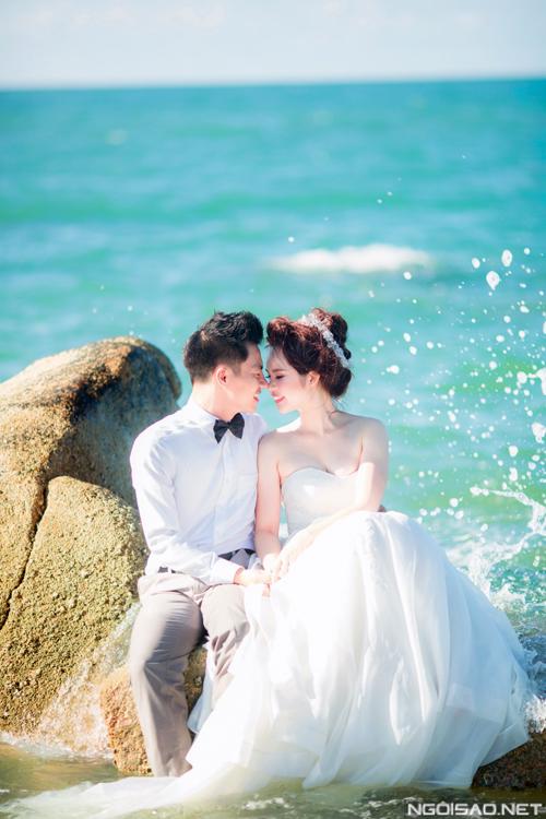 Cặp đôi chụp ảnh cưới tuyệt đẹp ở Hồ Cốc 11