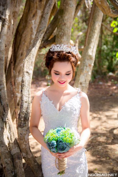 Cặp đôi chụp ảnh cưới tuyệt đẹp ở Hồ Cốc 13