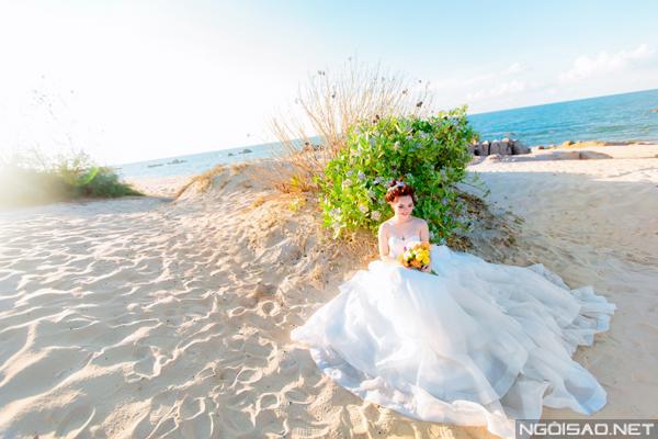 Cặp đôi chụp ảnh cưới tuyệt đẹp ở Hồ Cốc 2