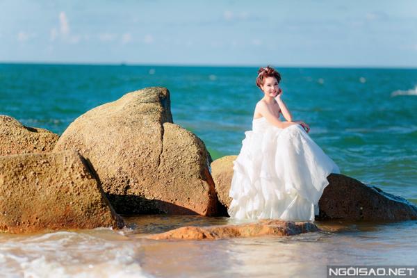 Cặp đôi chụp ảnh cưới tuyệt đẹp ở Hồ Cốc 9