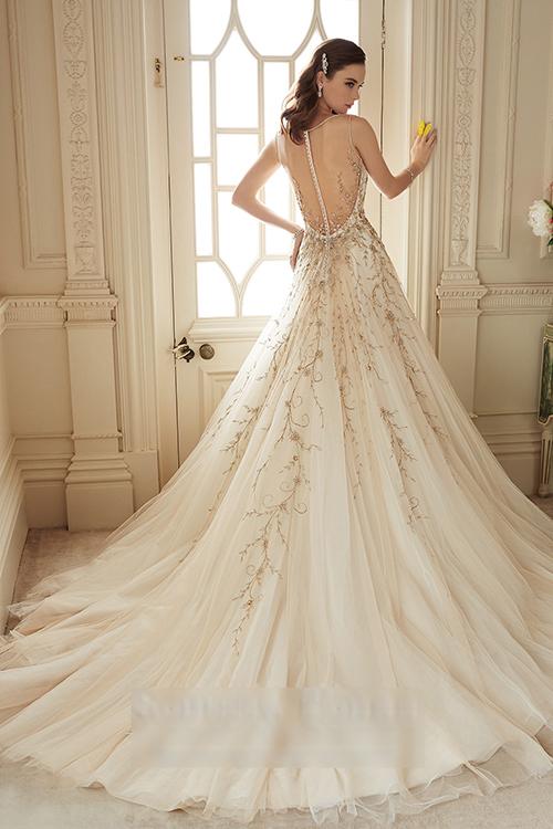 Xu hướng váy cưới cho cô dâu mùa xuân 2016 5