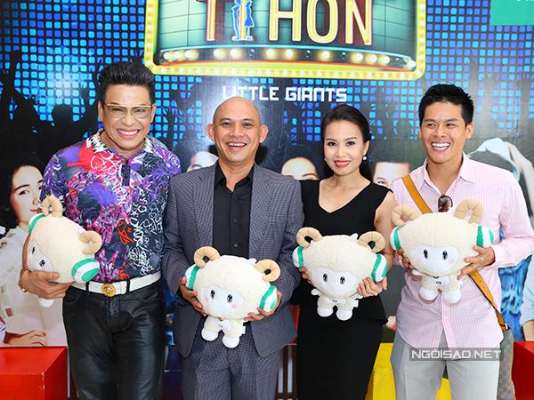 Chiều 7/9, Cẩm Ly dự họp báo ra mắt show truyền hình mới mang tên 'Người hùng tí hon'. Chị sẽ là một trong 3 giám