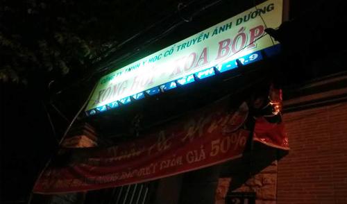 Cảnh sát đột kích tiệm xông hơi kích dục ở Sài Gòn