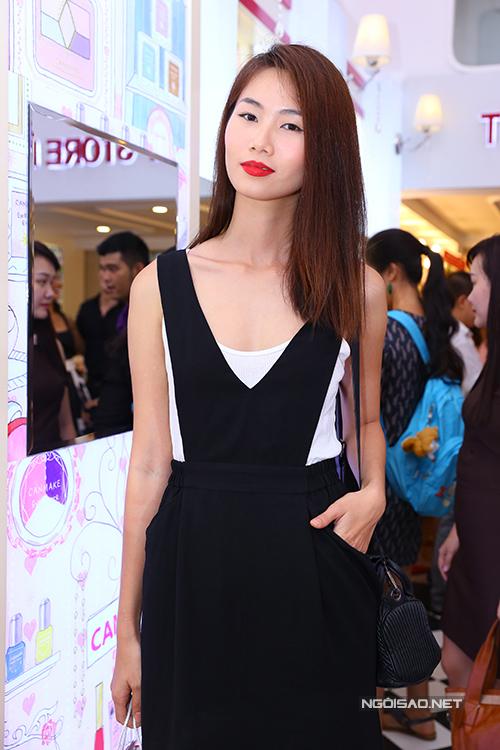 Người mẫu Thiên Trang.