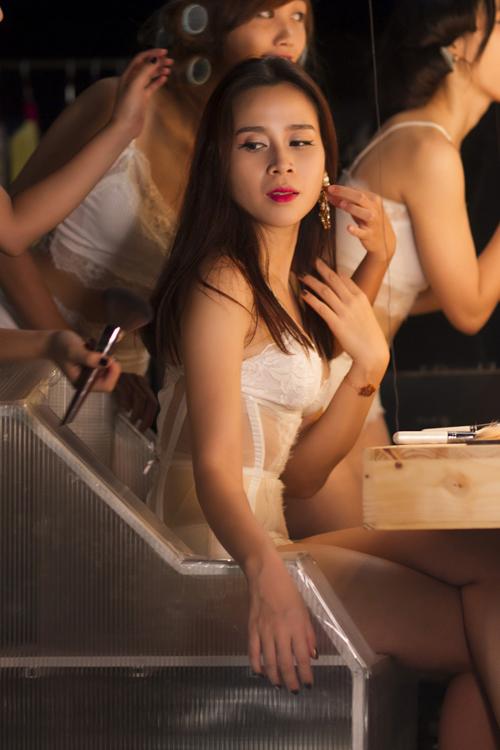luu-huong-giang-3-8035-1442217303.jpg