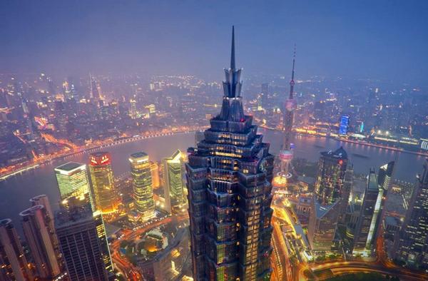 Thượng Hải nhìn từ bờ Đông. Ảnh:chinarainbow