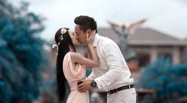 Màn cầu hôn lãng mạn của kiều nữ Đài Loan Vương Tư Giai