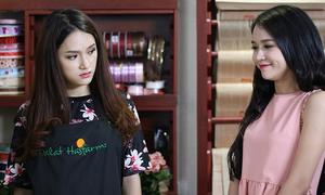 Hot girl Sam bị Hương Giang liếc xéo vì ghen tuông