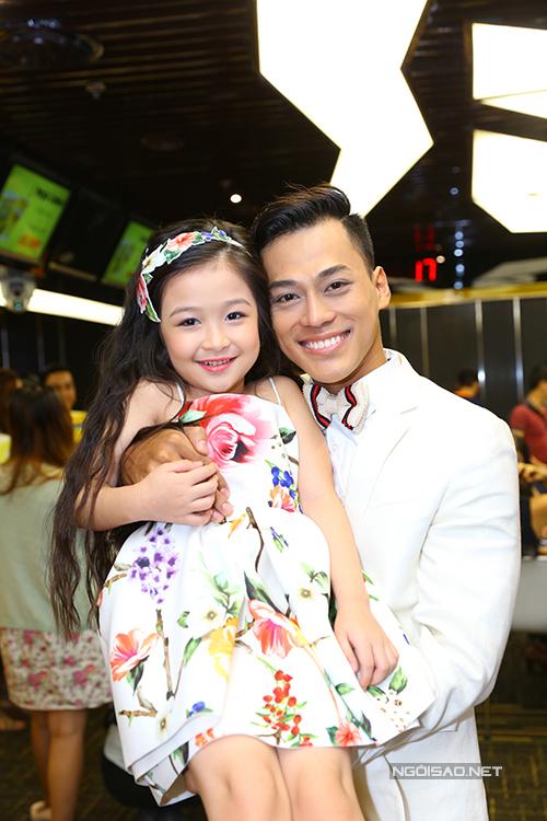 Gây chú ý trong họp báo là cô bé Bảo Ngọc, mới 7 tuổi và là thí sinh nhỏ tuổi nhất. Bé xinh xắn, đáng yêu và rất hoạt ngôn.