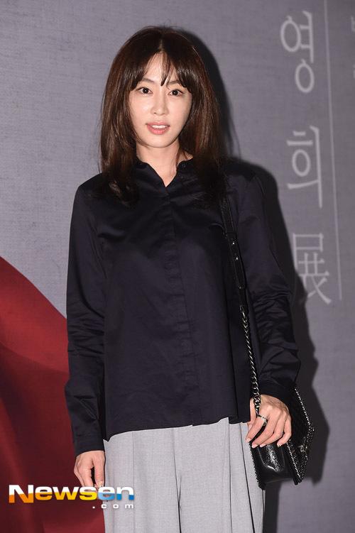 Kang-Ye-Uon-2920-1443000255.jpg
