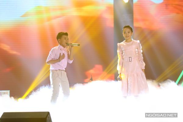 Phần biểu diễn của Công Quốc và Khánh Linh của đội Cẩm Ly là sự kết hợp của hai ca khúc Thư của mẹ (Sáng tác: Nguyễn Văn Chung), Giấc mơ trưa (Sáng tác: Giáng Son).