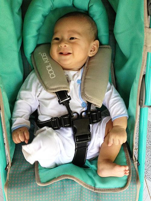 be-vang-khoi-me-3298-142292115-2863-2532