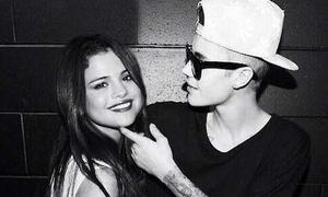 Bieber: 'Tôi sống cùng Selena như vợ chồng từ năm 18 tuổi'