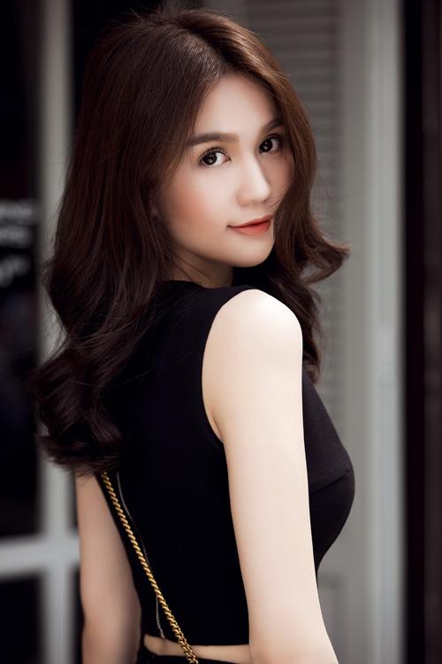 ngoc-trinh-1-5192-1443615948.jpg