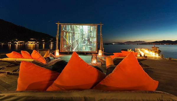 Six Senses Ninh Vân Bay ở Nha Trang đứng đầu danh sách những rạp chiếu phim lãng mạn do CNN bình chọn.