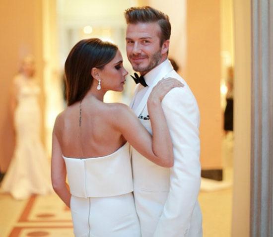 Cặp đôi quyền lực đối mặt với tin đồn hôn nhân trục trặc bằng thái độ bình thản và sự im lặng