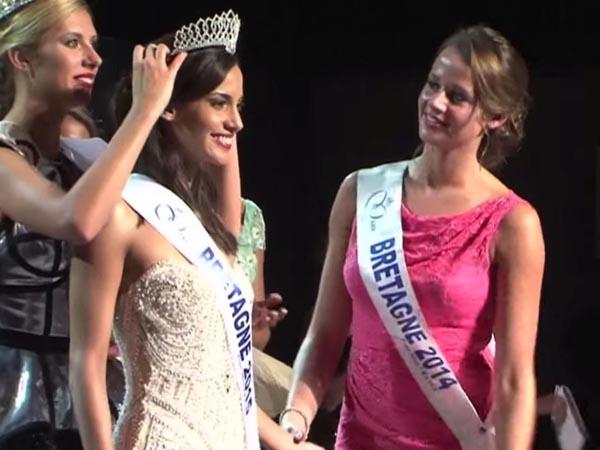Eugénie Journée lúc đăng quang vương miện Miss Brittany 2016. Ảnh:
