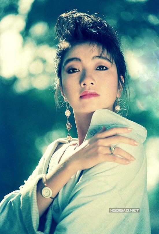 nhan-sac-hoa-hau-ly-thu-thao-nhung-nam-1990-6