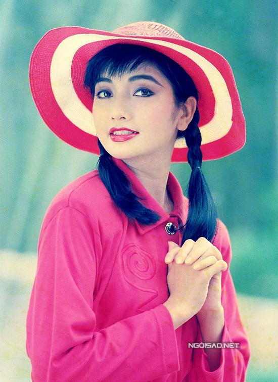 nhan-sac-hoa-hau-ly-thu-thao-nhung-nam-1990-8