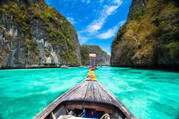 Những thiên đường du lịch gần Việt Nam lại rất rẻ