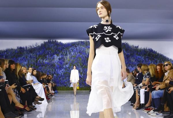 10-bo-suu-tap-dinh-nhat-o-paris-fashion-week