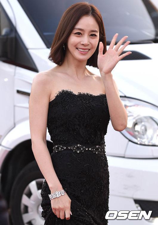 kim-tae-hee-4-2981-1444448643.jpg